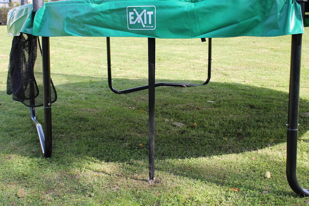 Ensemble d'ancrage pour trampoline EXIT