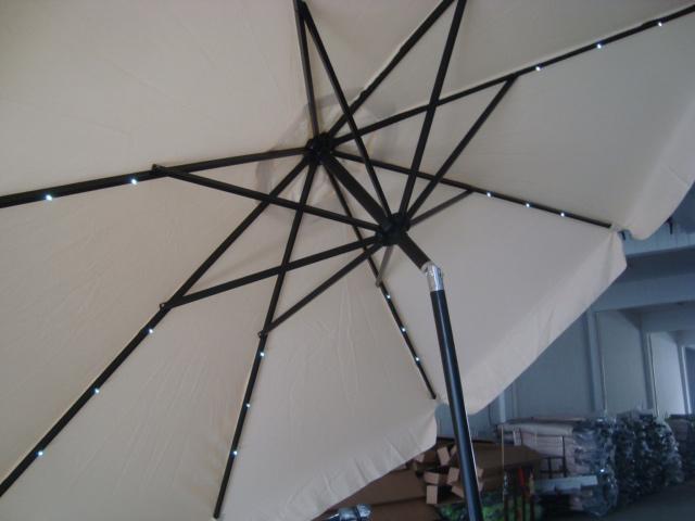 Parasol Ø3m structure noir / tissu écru avec éclairage LED