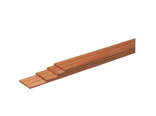 <BIG><B>Hardhouten geschaafde plank 1,5 x 14,5 x 180 cm.</B></BIG>