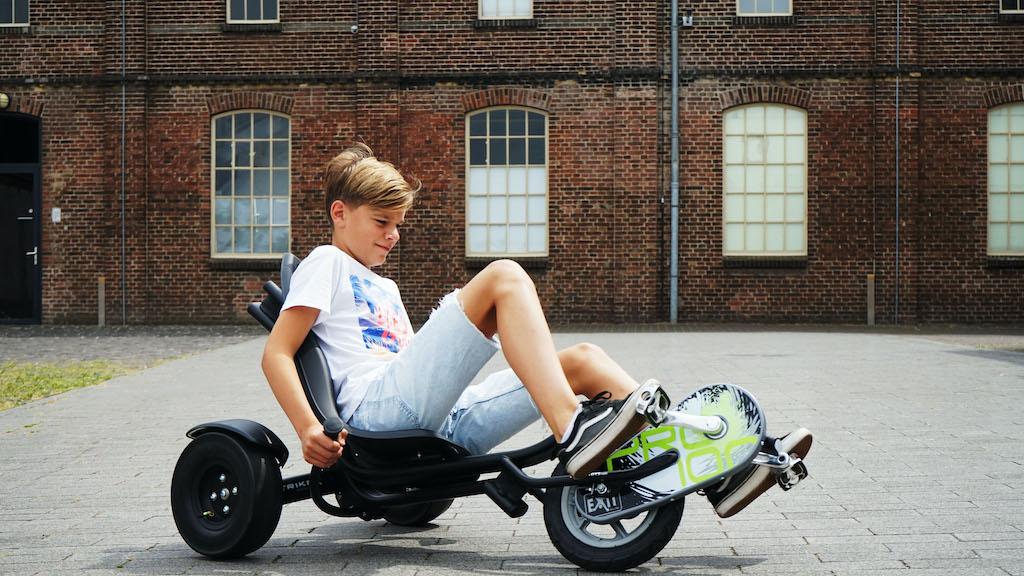 EXIT Triker Pro 100 Black driewieler Jongeren Vooraandrijving Liggend