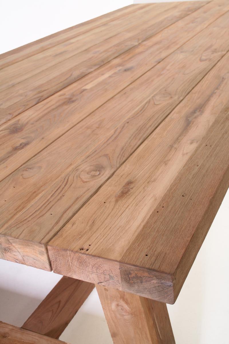 <BIG><B>Table en teck Oskar 240cm</B></BIG>