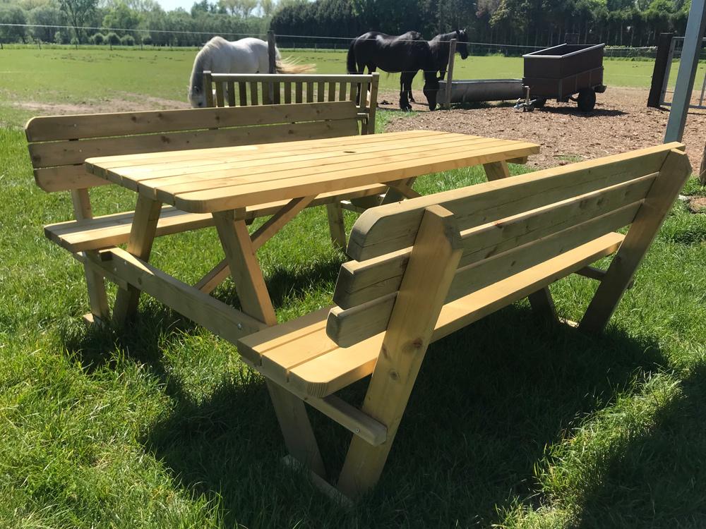 180 cm Picknicktisch mit Rückenlehnen / 4 cm dick