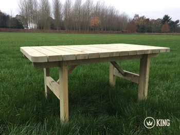 <BIG><B>KING ® Table de jardin Henry (140 cm)</B></BIG>