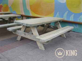 <BIG><B>KING &#174; KINDERPICKNICKTAFEL 140 cm</B></BIG>
