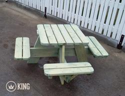 <BIG><B>KING &#174; Vierkante Picknicktafel voor Kleuters (ECO)</B></BIG>