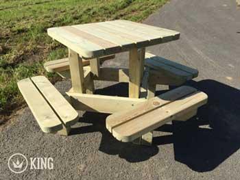 <BIG><B>Vierkante Picknicktafel voor Kleuters (125 x 125 cm)</B></BIG>