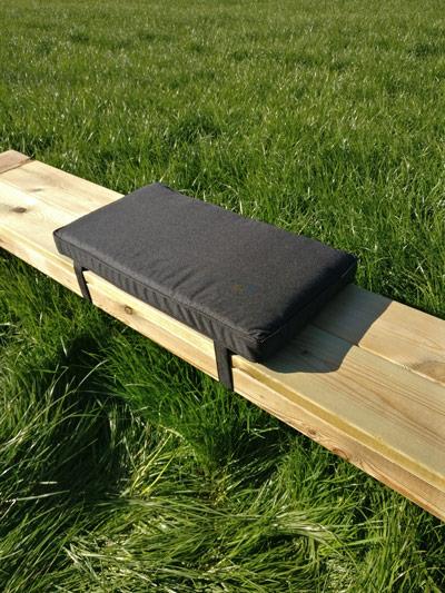 Picknicktisch Kissen schwarz 57cm