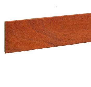 <BIG><B>Hardhouten fijnbezaagde plank 300 cm</B></BIG>