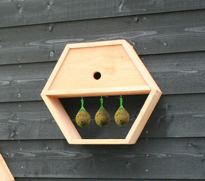 <BIG><B>Honingraatsysteem - vogelhuisje</B></BIG>