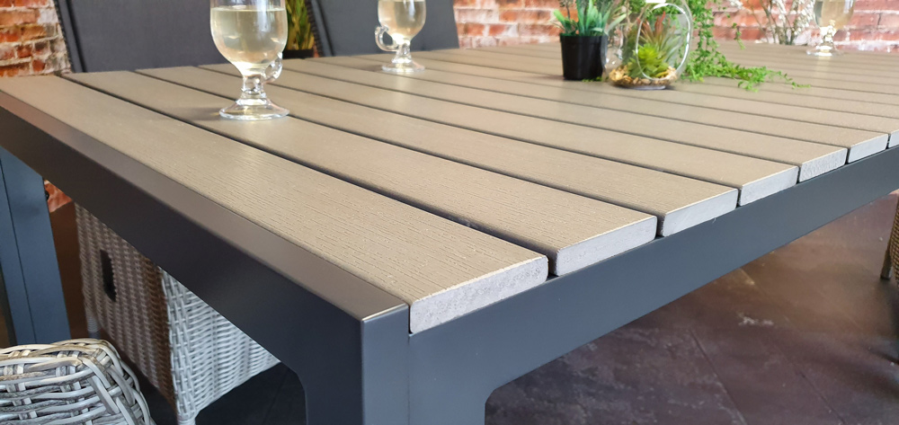 <BIG><B>Table Metropolis Polywood Gris 160x90cm</B></BIG>