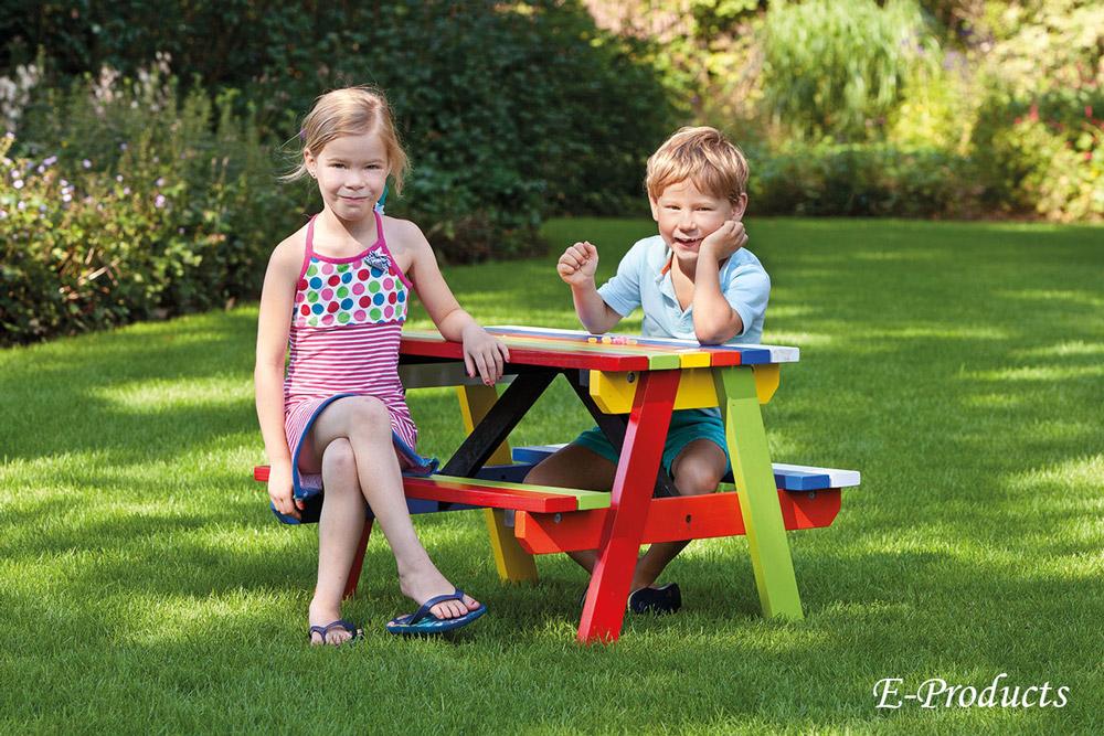 <BIG><B>Table de pique-nique pour enfants en bois dur aux couleurs vives (80 x 71 cm)</B></BIG>