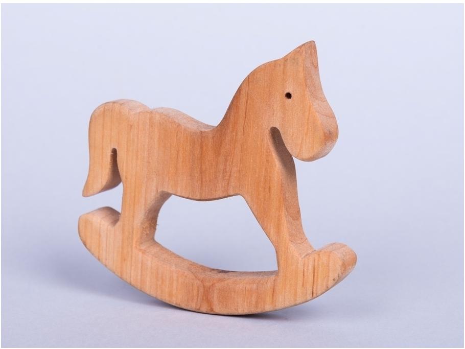 Klein schommelpaard