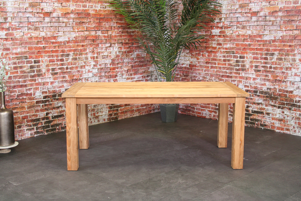 <BIG><B>Table Joseph en teck 180x90 cm</B></BIG>