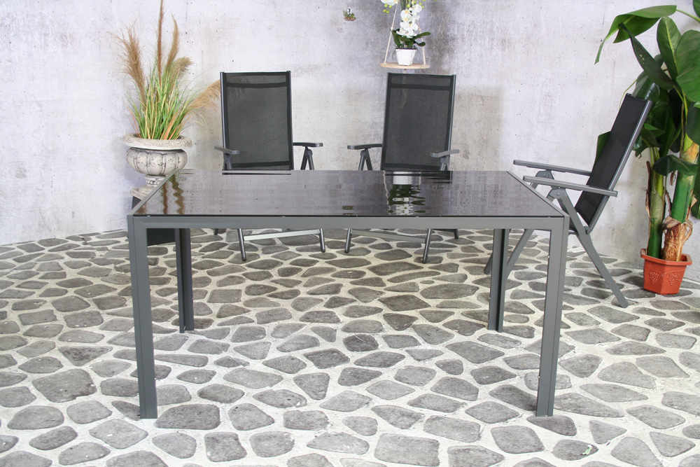 <BIG><B>Table Palermo 150 x 90 Tablette en verre noir</B></BIG>