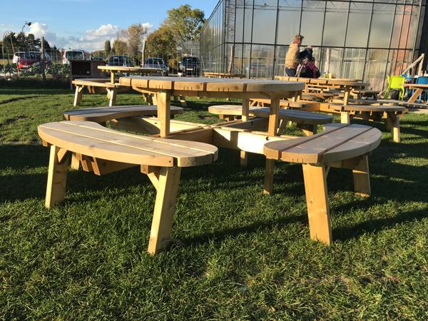 picknicktafel-rond-sterk.jpg