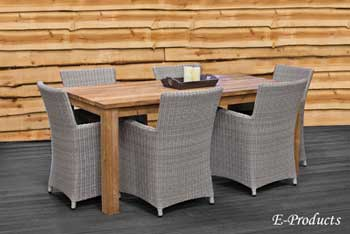 <BIG><B>Table rustique (180 x 90 cm)</B></BIG>