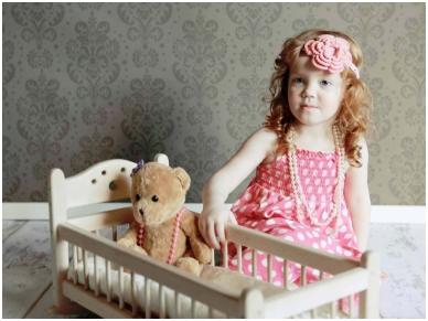 Schommelbed voor poppen