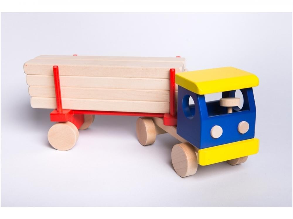 Truck met hout