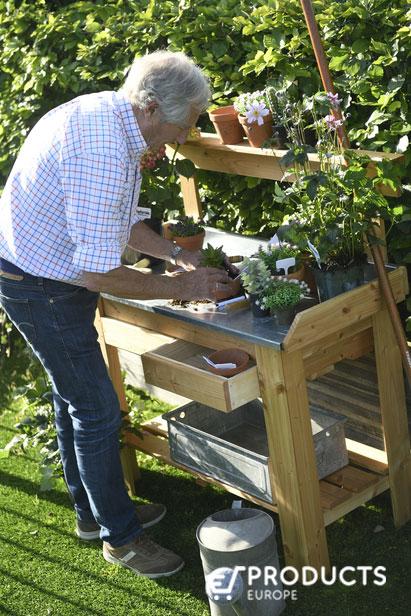 <BIG><B>Tuinwerktafel Douglas met Zinken blad</B></BIG>