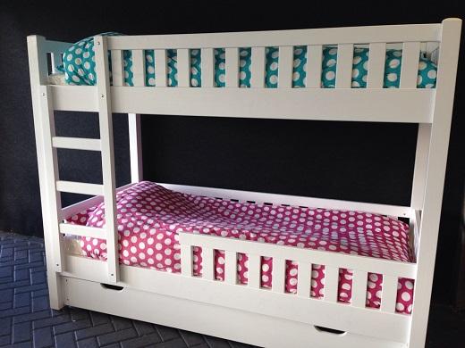 <BIG><B>Lit superposé NOLAN</B></BIG><br />(tiroir de lit + tiroir à jouets) 3 sommiers incl.