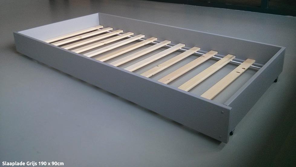 http://www.kingpicknicktafels.be/kinderbett/Schlaf-:Matratzenschublade-grau-1000-a.jpg